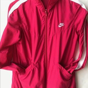 Nike sportswear windbreaker zip up jacket size m
